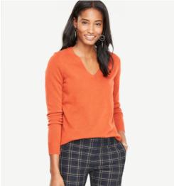 https://www.anntaylor.com/cashmere-v-neck-sweater/444631?skuId=23910027&defaultColor=8325&colorExplode=false&catid=cata000011